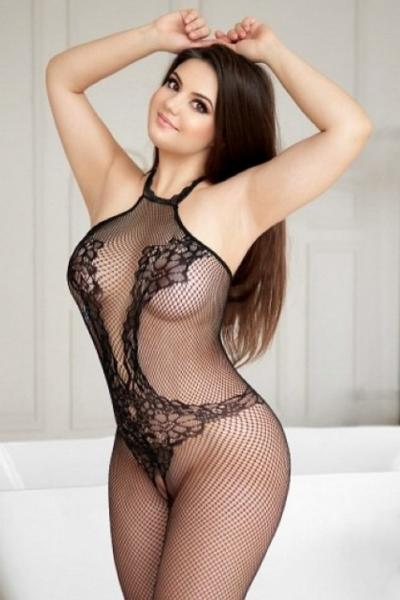 Romanian Escort Patricia Available Now Abu Dhabi